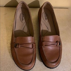 Clarks Woman's Loafers Size 8M